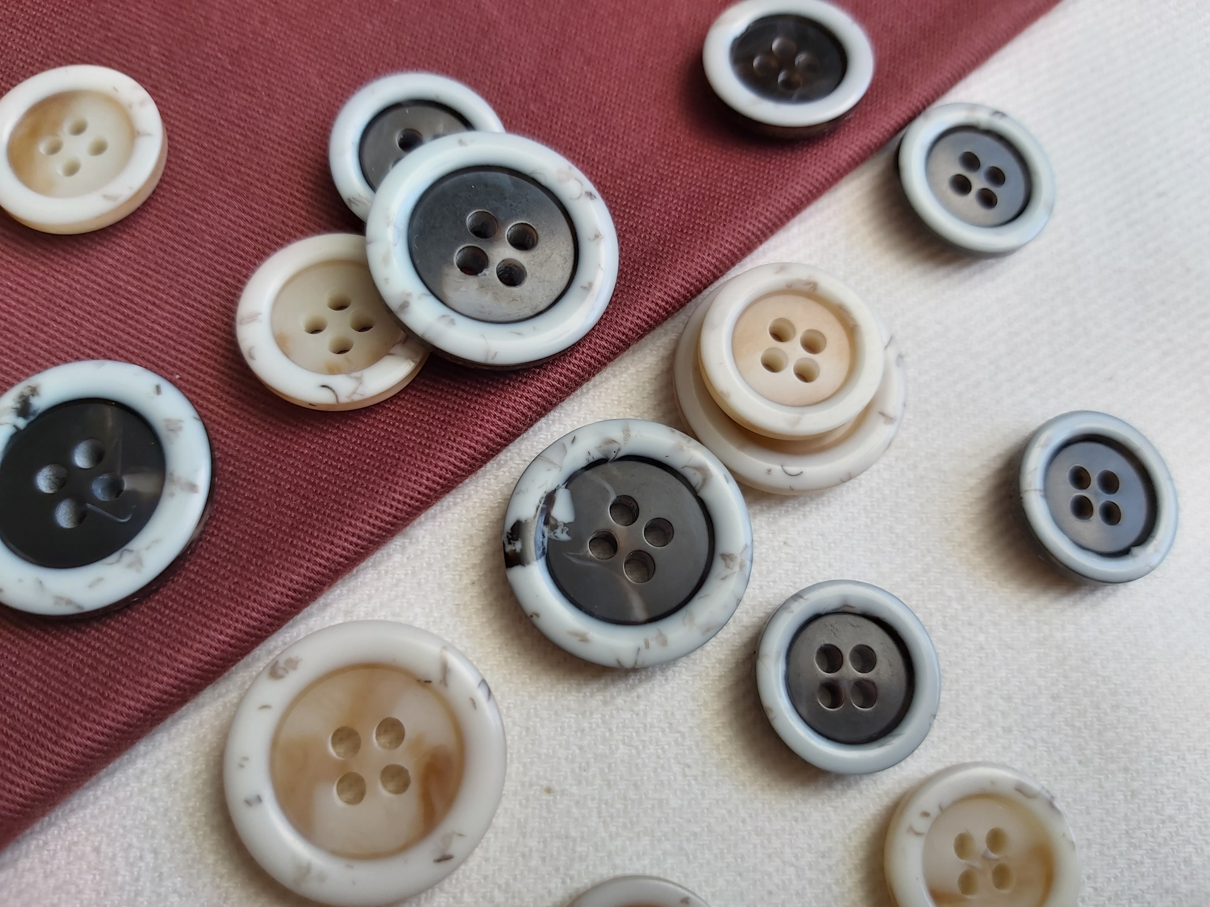 reeco buttons recycled polyester cabosa group sustainable material buttons factory global recycled standard